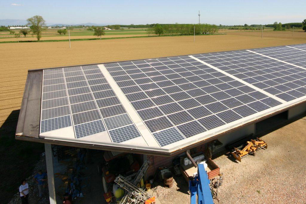rivestimento coperture con impianto fotovoltaico