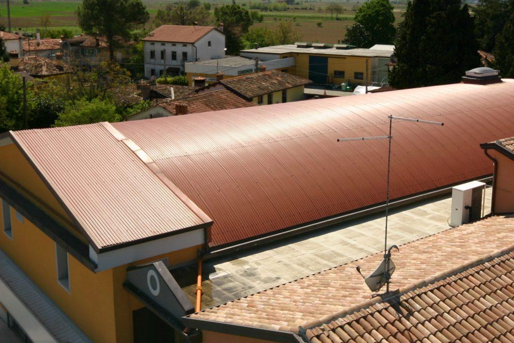 Making SRL, realizzazione e posa in opera lattonerie metalliche per usi civili e industriali